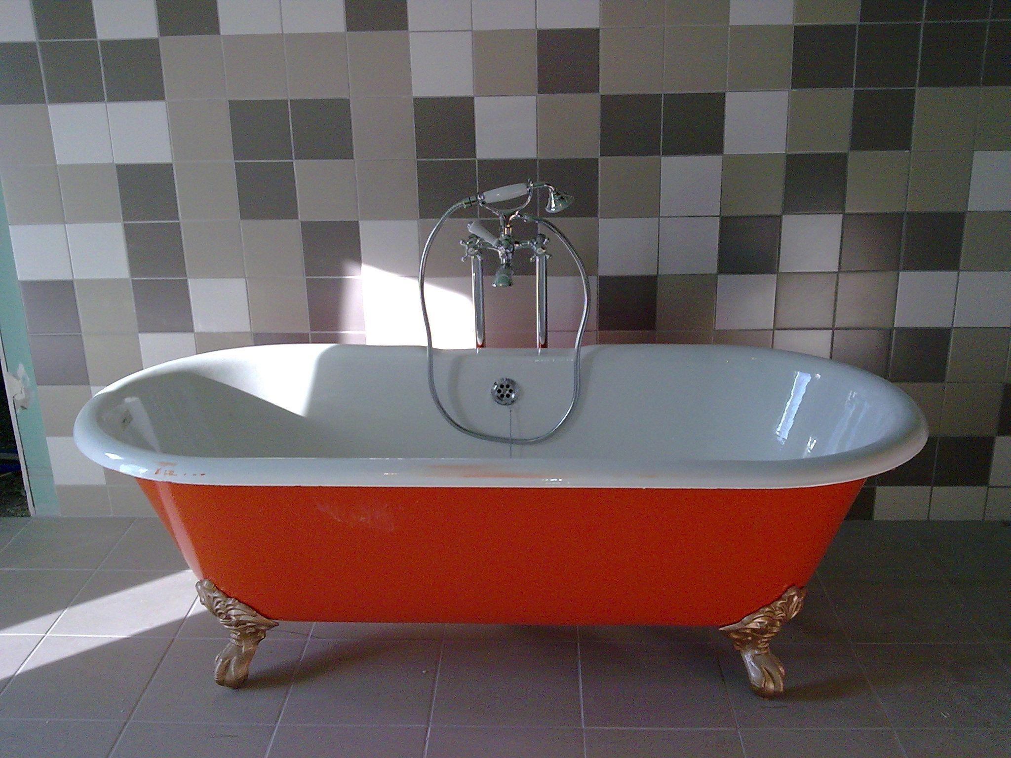 r novation salle de bain baignoire fonte. Black Bedroom Furniture Sets. Home Design Ideas